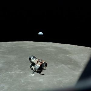 Apollo--Apollo-module-orb-002